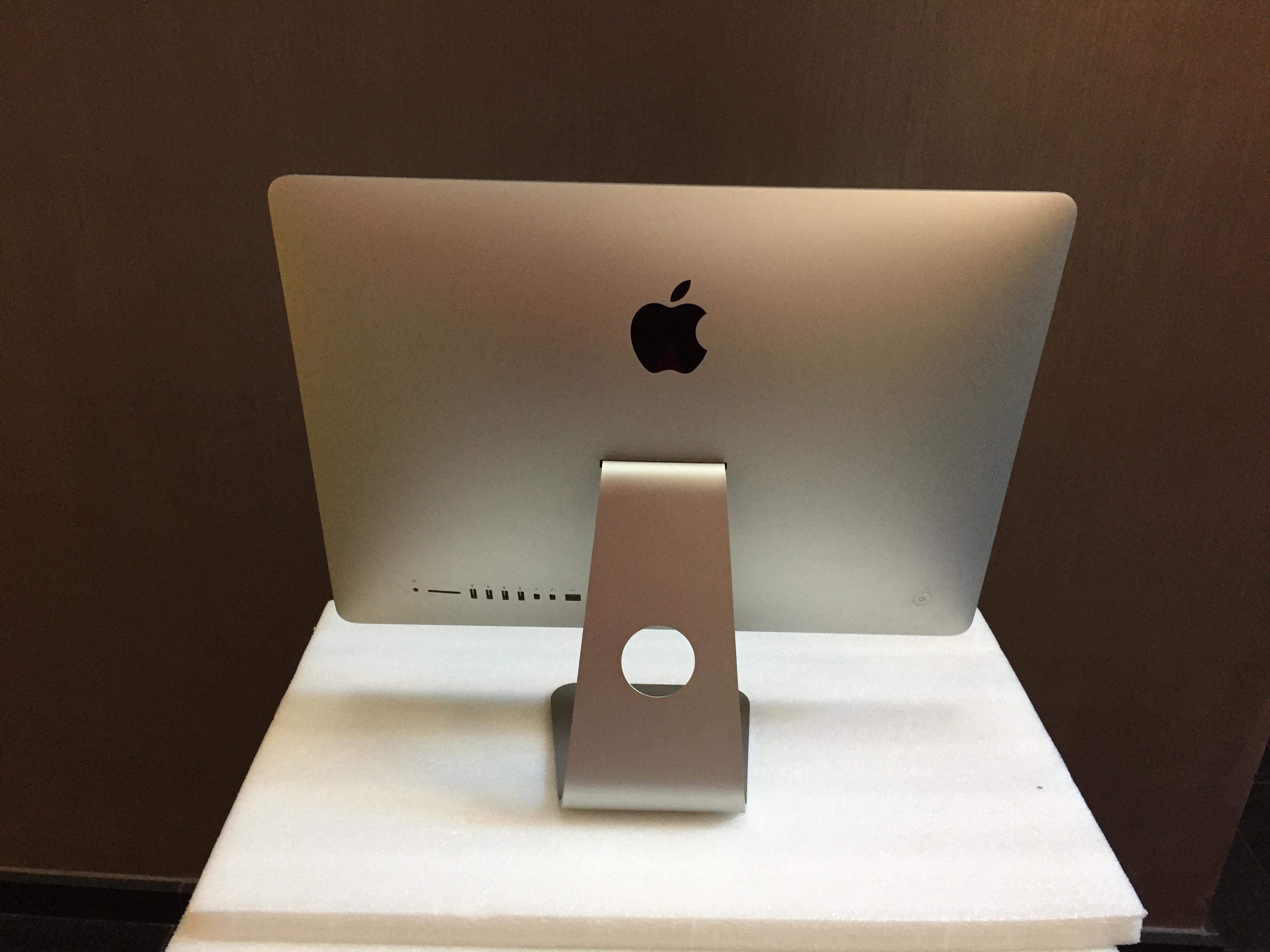 iMac 21.5-inch, Intel Core i5 1,4 GHz, 8 GB, 500 GB, imagen 2