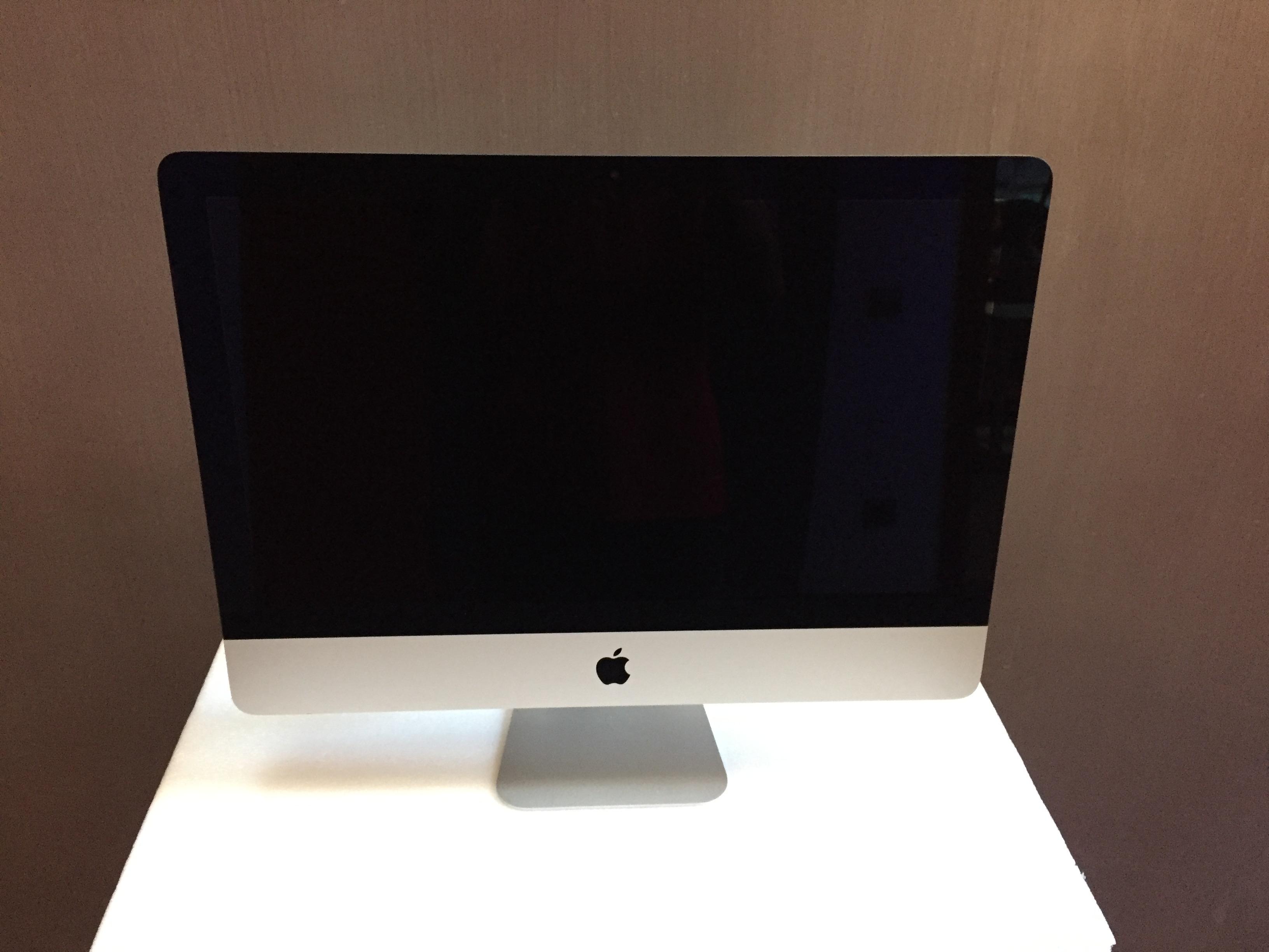 iMac 21.5-inch, Intel Core i5 1,4 GHz, 8 GB, 500 GB, imagen 1