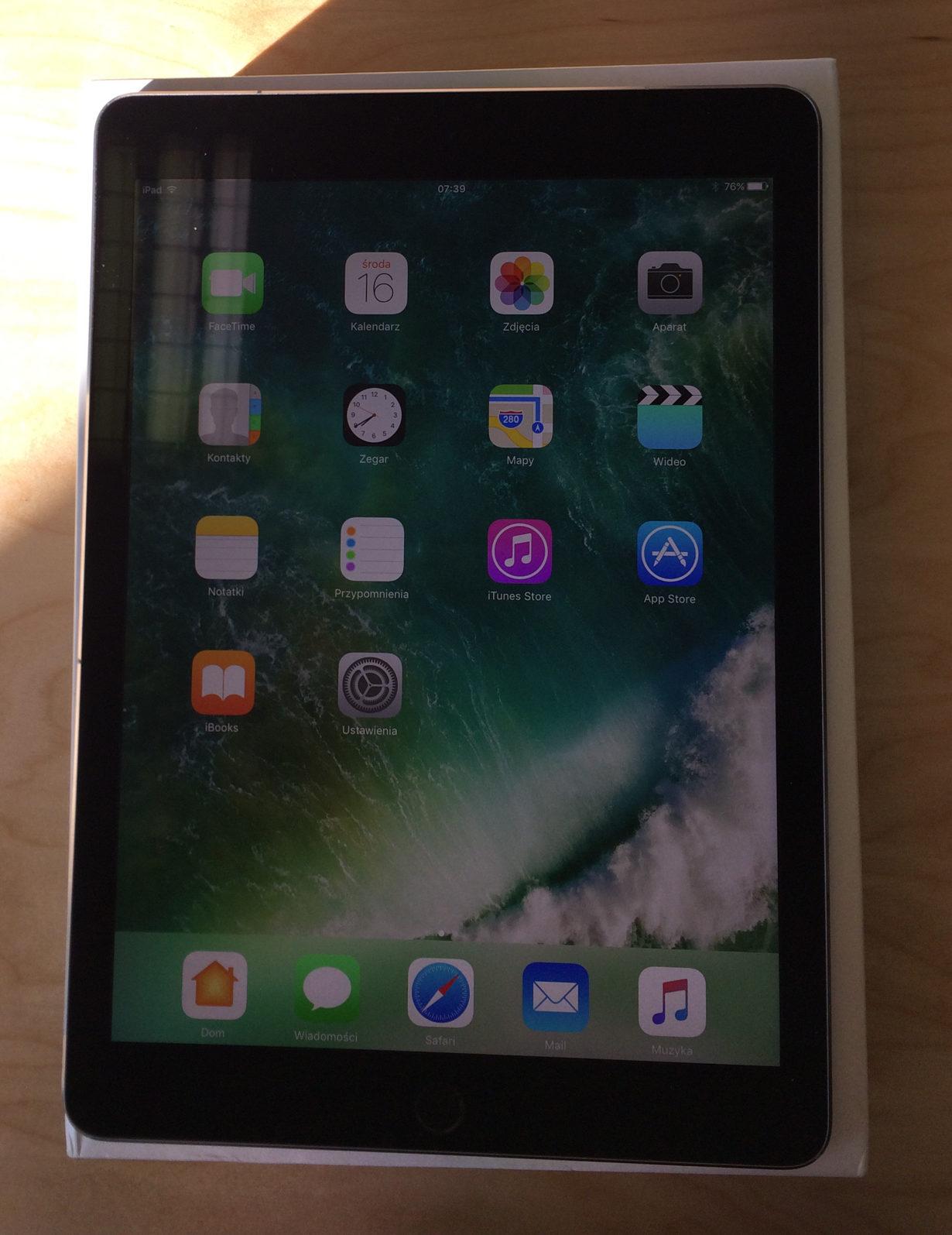 iPad Pro 9.7-inch (Wi-Fi + 4G), 32 GB, SPACE GRAY, imagen 1