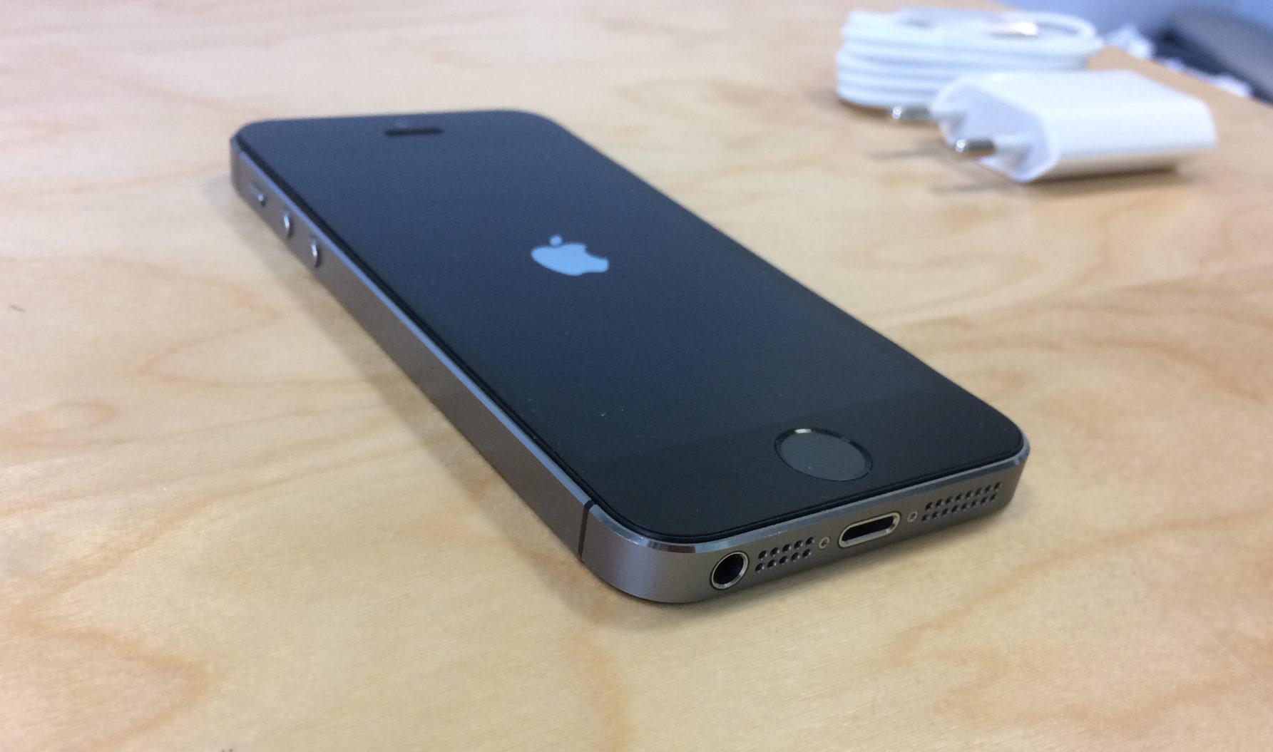 iPhone 5S, 32 GB, Space Gray, imagen 3