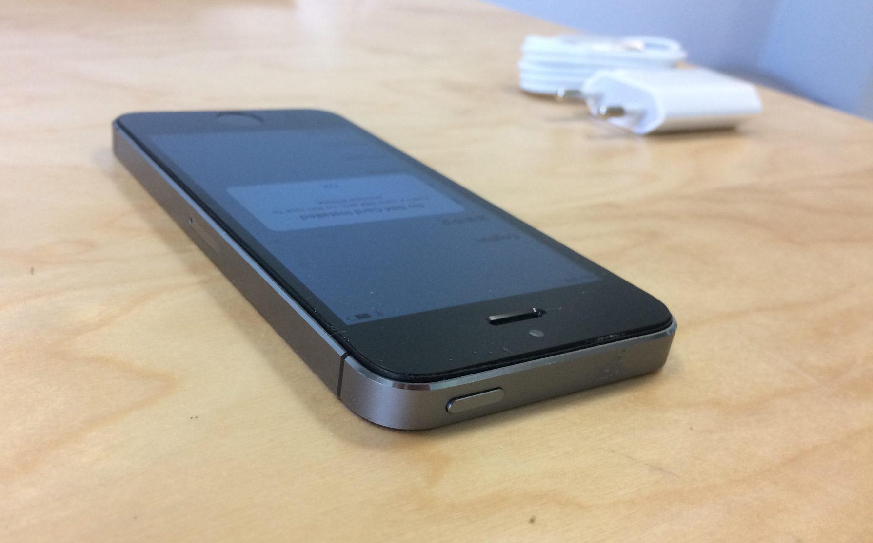 iPhone 5S, 32 GB, Space Gray, imagen 4