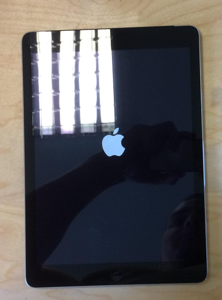 iPad Air (Wi-Fi + 4G), 64 GB, Space Gray, imagen 1