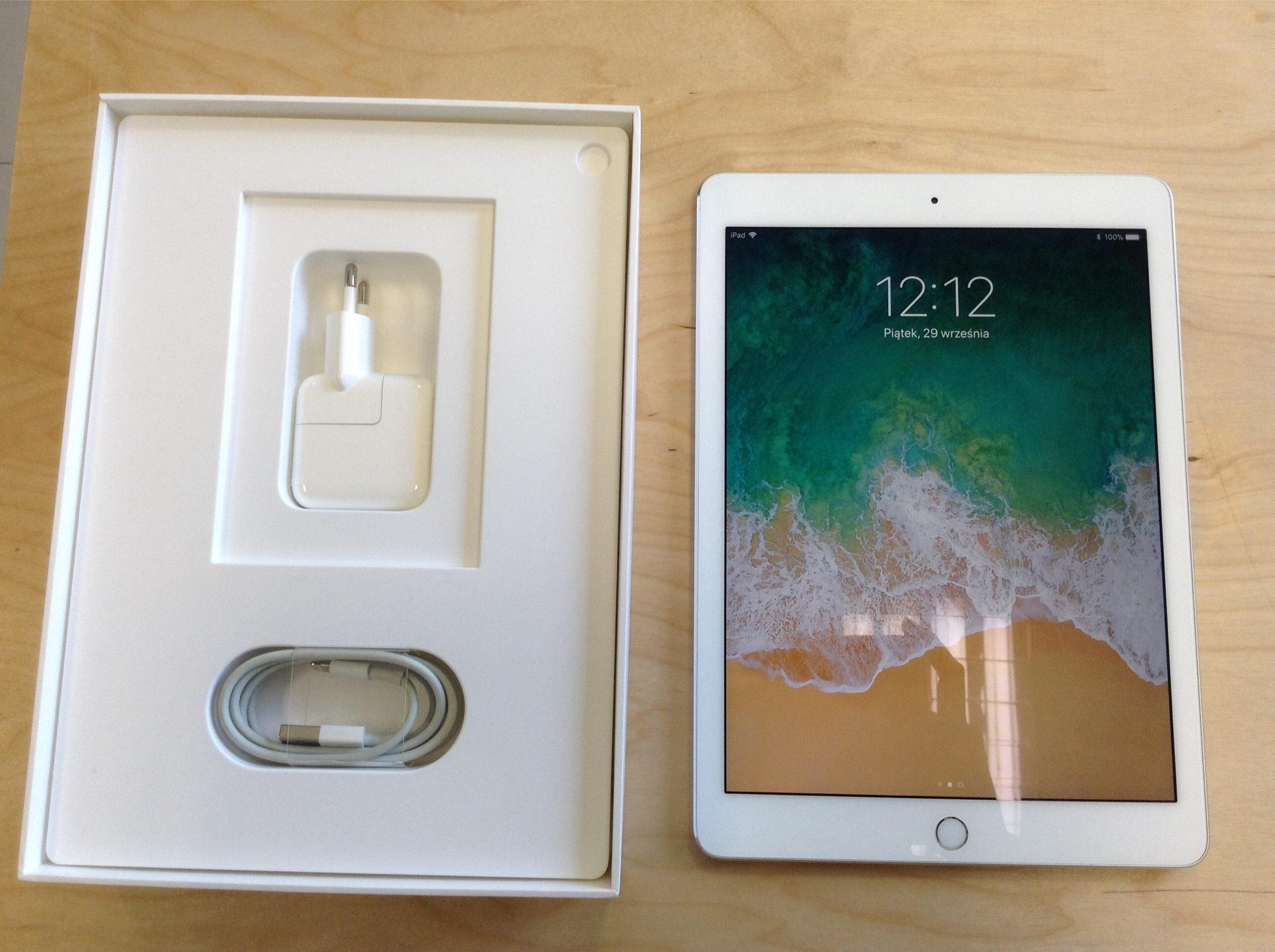 iPad Pro 9.7-inch (Wi-Fi), 128 GB, Gold, imagen 2