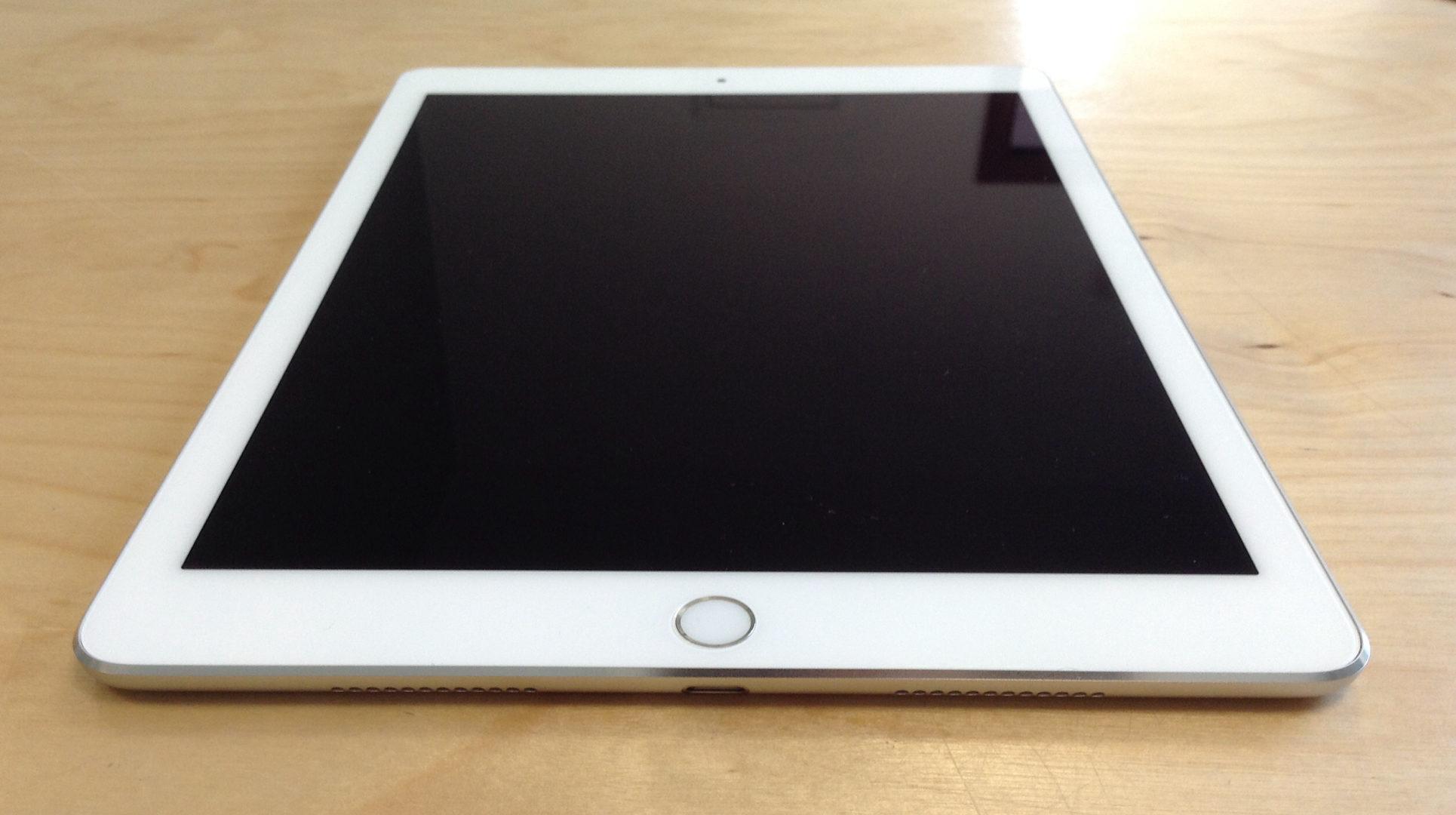 iPad Pro 9.7-inch (Wi-Fi), 128 GB, Gold, imagen 5