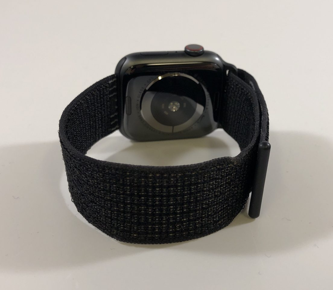 Watch Series 4 Aluminum Cellular (44mm), Space Gray, Black Sport Loop, image 2