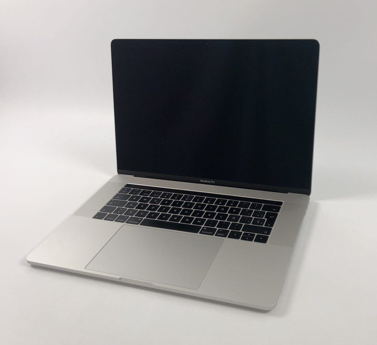 "MacBook Pro 15"" Touch Bar Late 2016 (Intel Quad-Core i7 2.7 GHz 16 GB RAM 512 GB SSD), Silver, Intel Quad-Core i7 2.7 GHz, 16 GB RAM, 512 GB SSD, imagen 2"