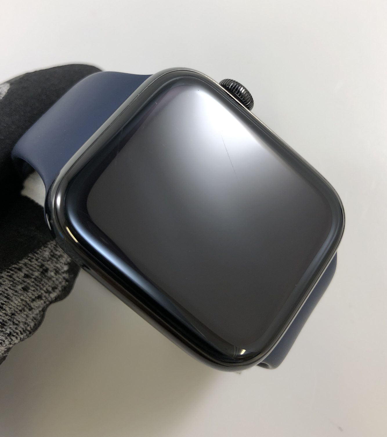 Watch Series 4 Steel Cellular (44mm), Space Black, Midnight Blue Sport Band, bild 3