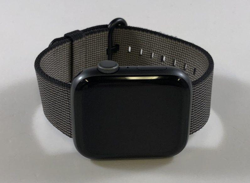 Watch Series 4 Aluminum (44mm), Space Gray, Woven nylon, imagen 1