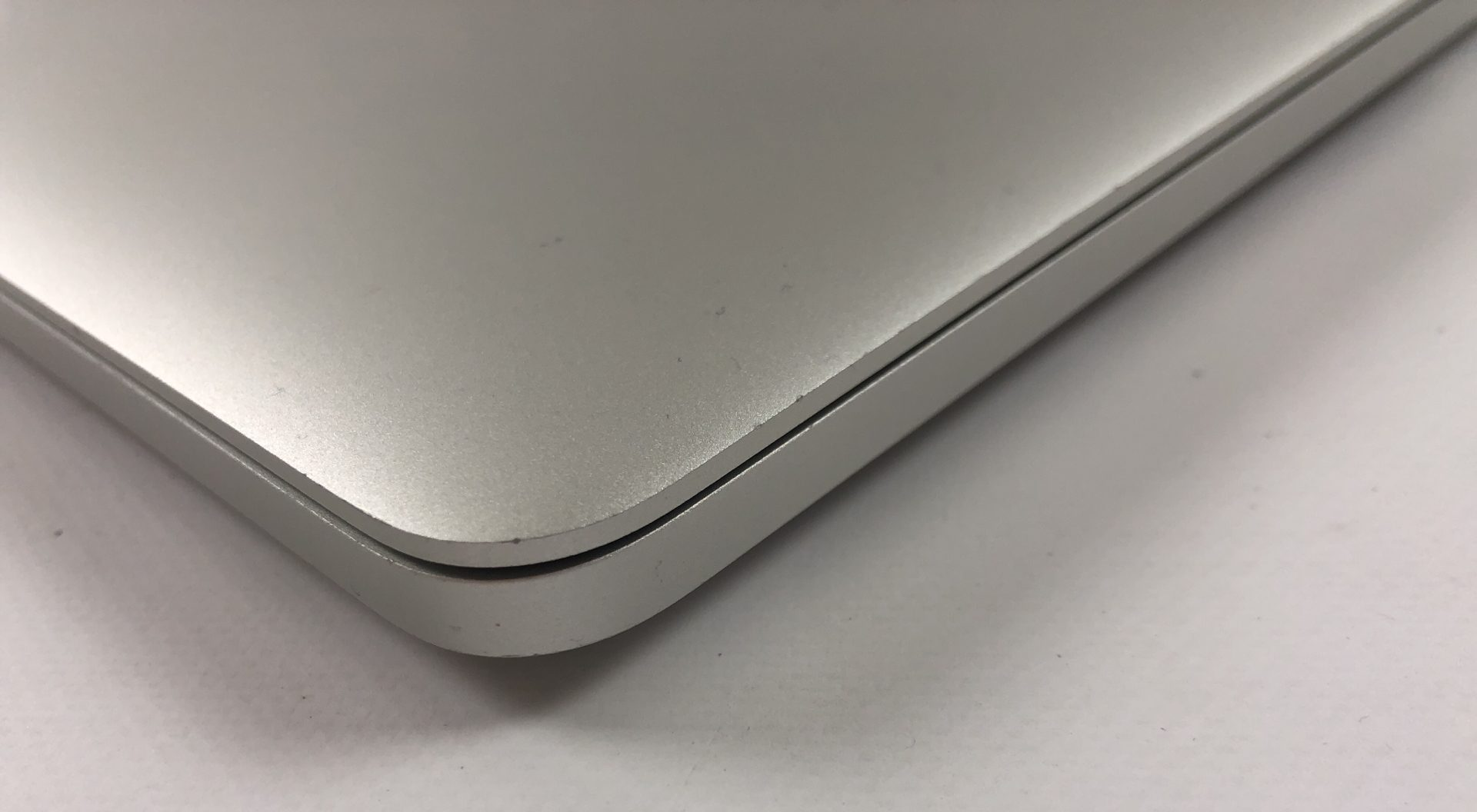 """MacBook Pro Retina 15"""" Mid 2014 (Intel Quad-Core i7 2.5 GHz 16 GB RAM 512 GB SSD), Intel Quad-Core i7 2.5 GHz, 16 GB RAM, 512 GB SSD, imagen 3"""