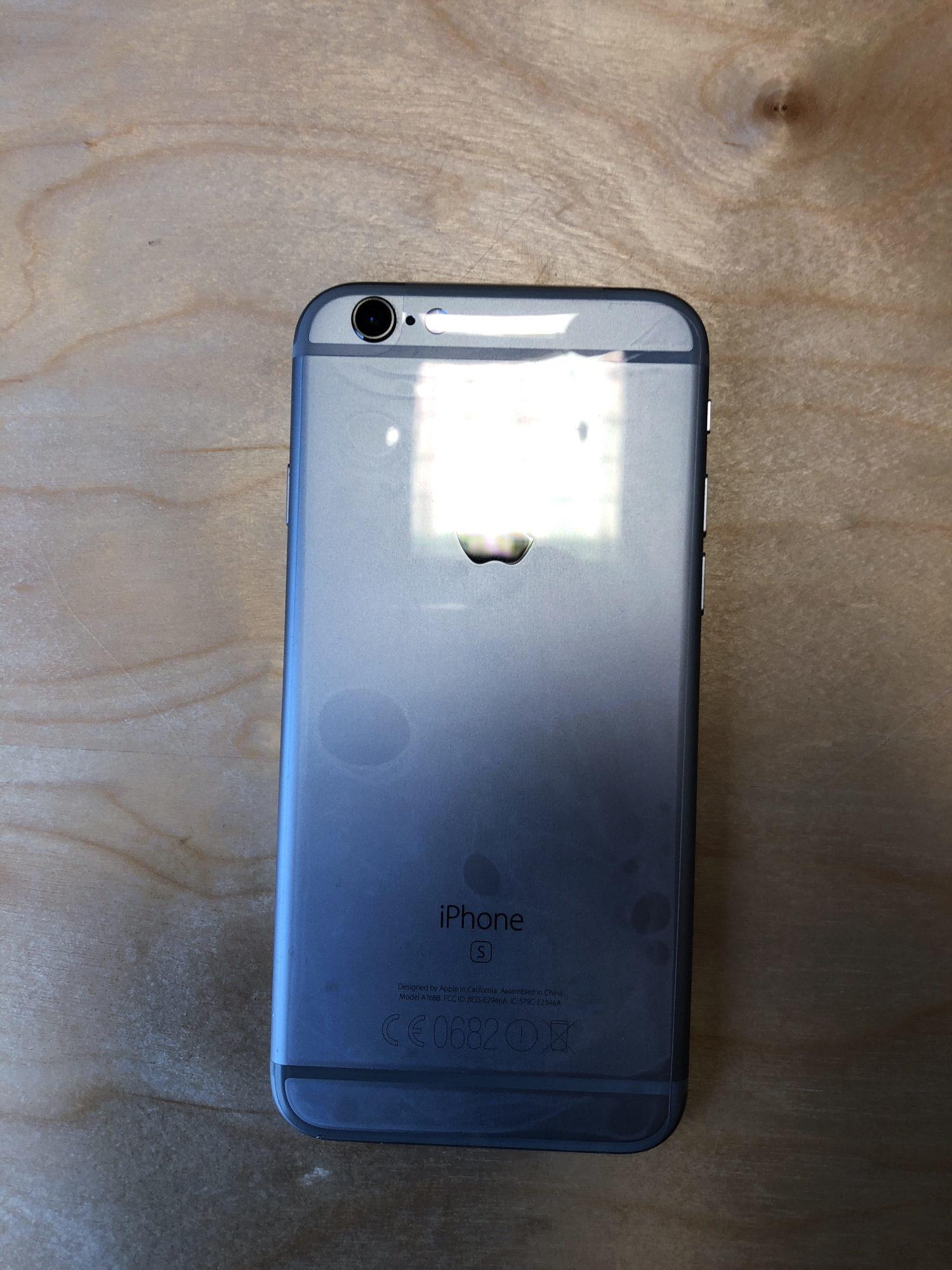 iPhone 6S, 64 GB, Space Gray, imagen 2