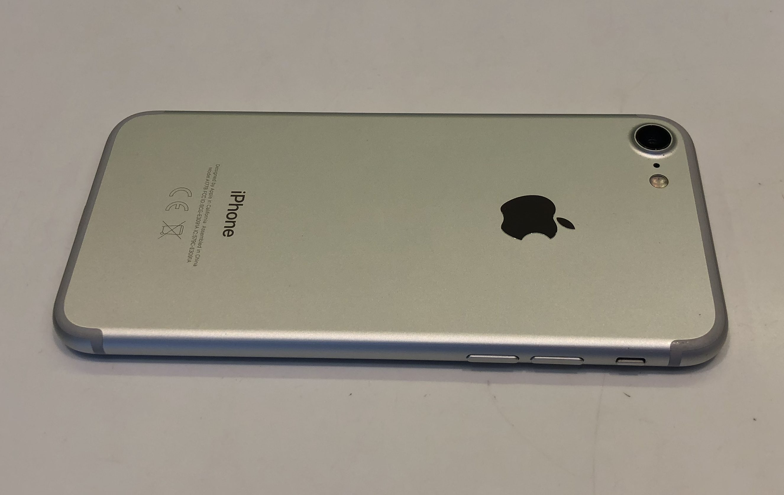 iPhone 7 32GB, 32 GB, Silver, Bild 3