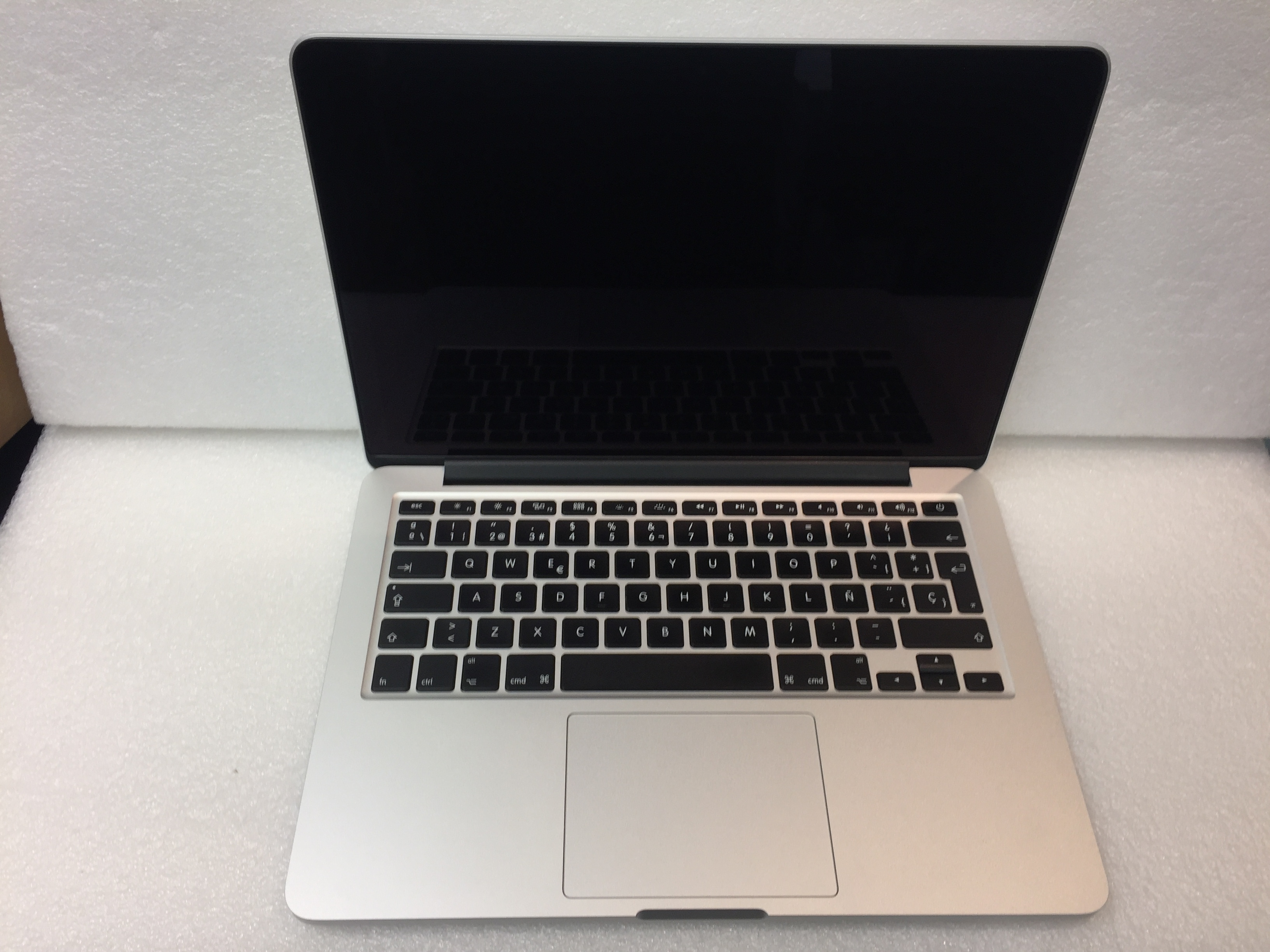 MacBook Pro 13-inch Retina, Intel Core i5 2,7 GHZ, 8 GB, 128 GB SSD, imagen 2
