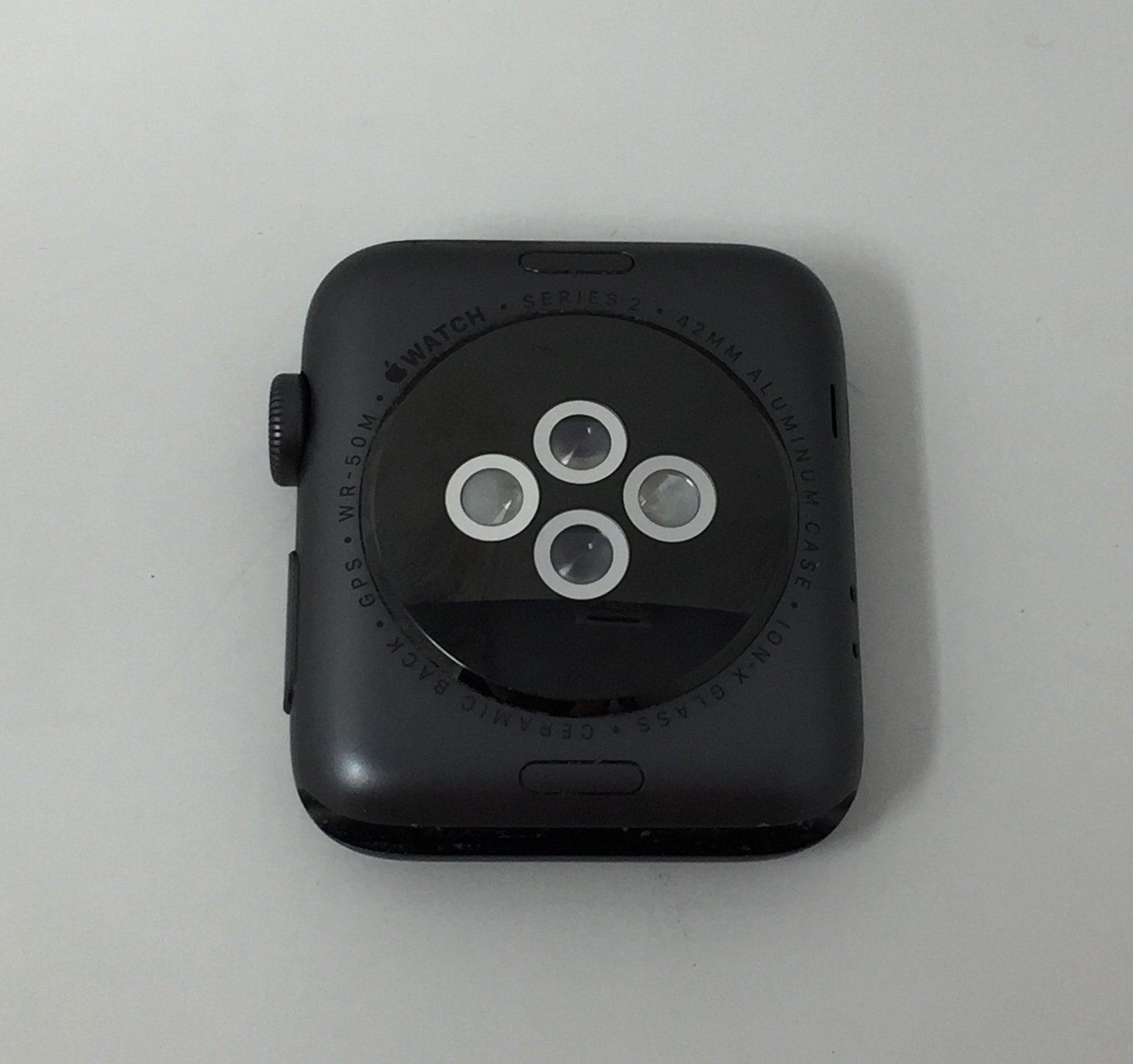 Watch Series 2 Aluminum (42mm), Space Gray, Black Sport Band, imagen 2