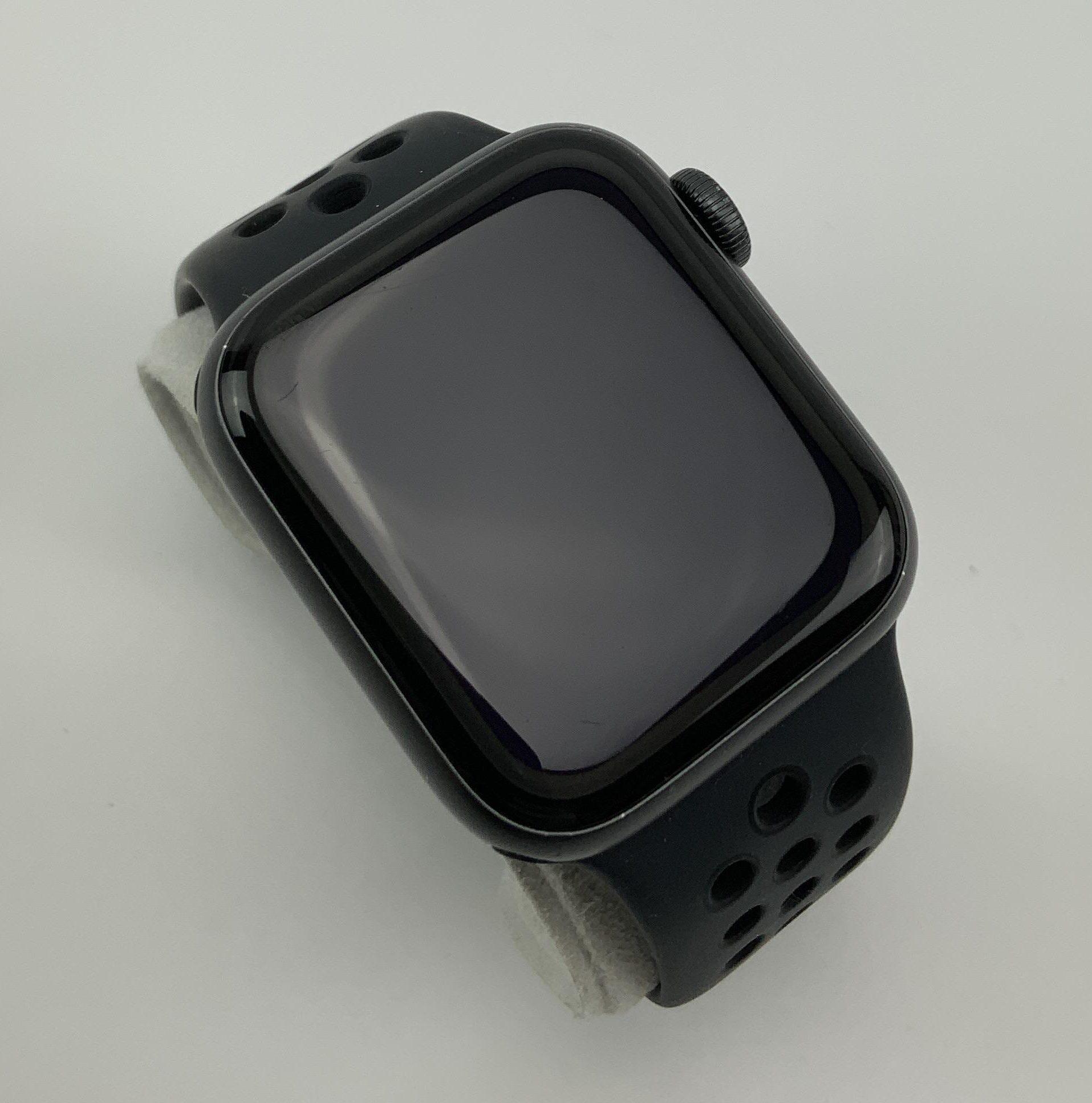 Watch Series 5 Aluminum (40mm), Space Gray, Bild 2