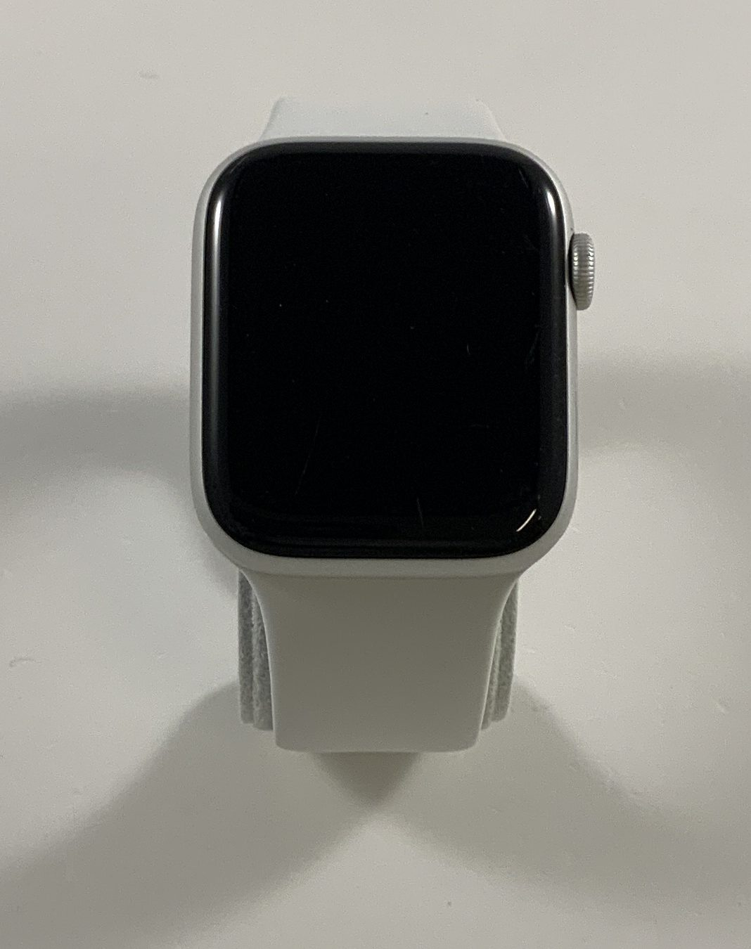 Watch Series 5 Aluminum (44mm), Silver, image 1