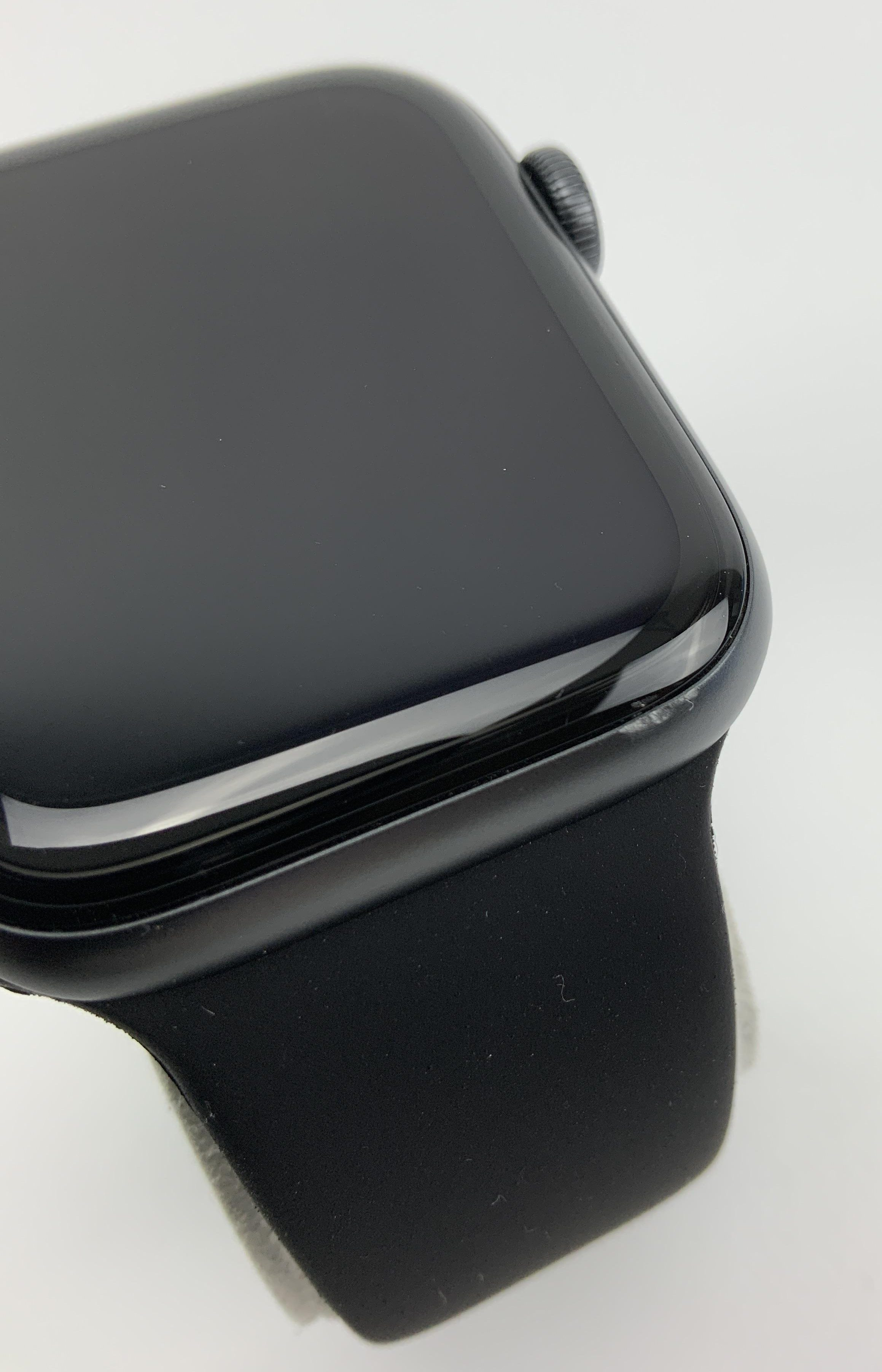 Watch Series 6 Aluminum (44mm), Space Gray, image 5