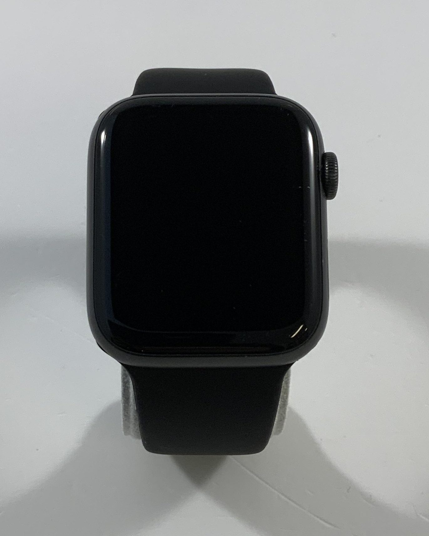 Watch Series 6 Aluminum Cellular (44mm), Space Gray, image 1