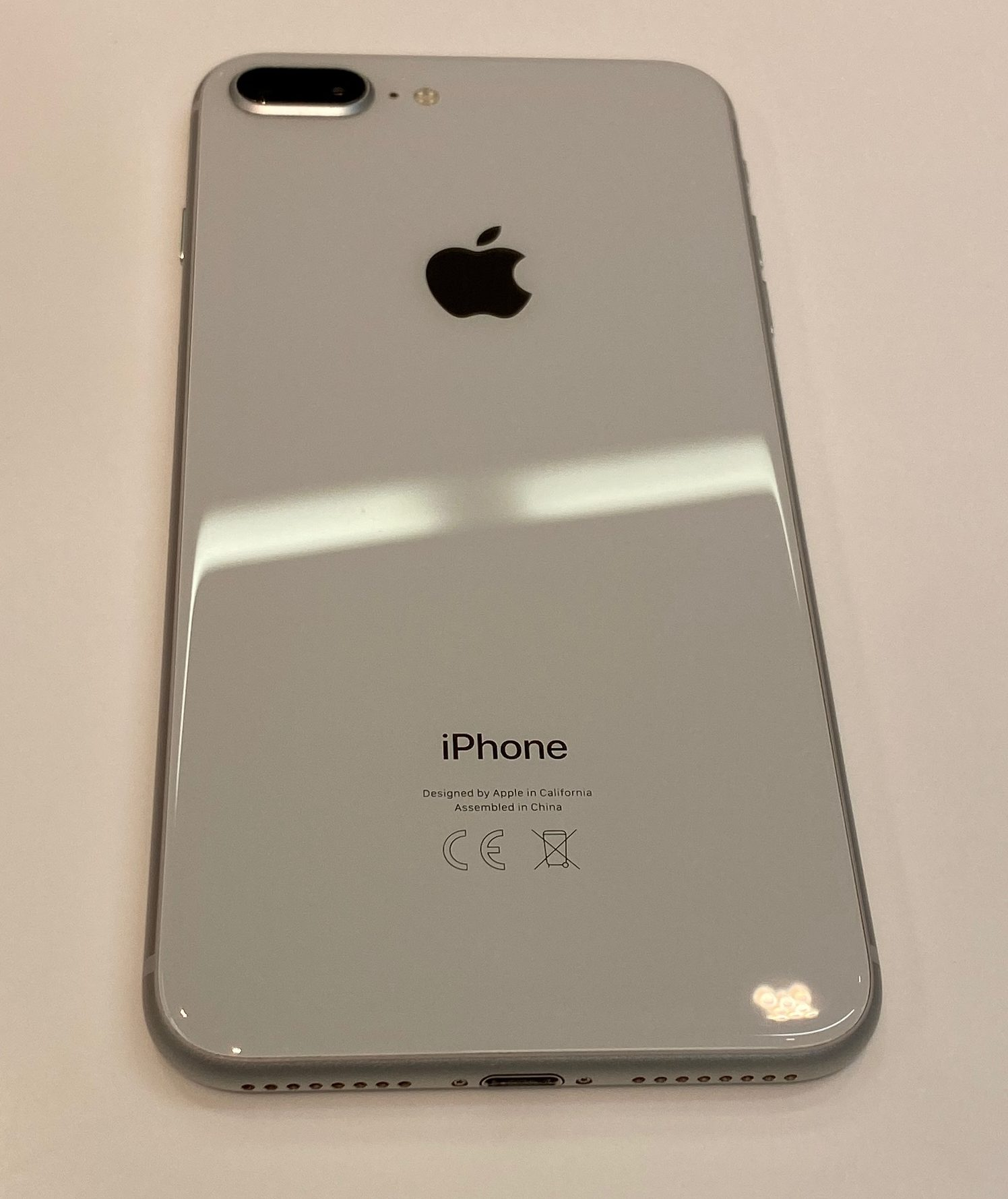 iPhone 8 Plus 64GB, 64GB, Silver, bild 2